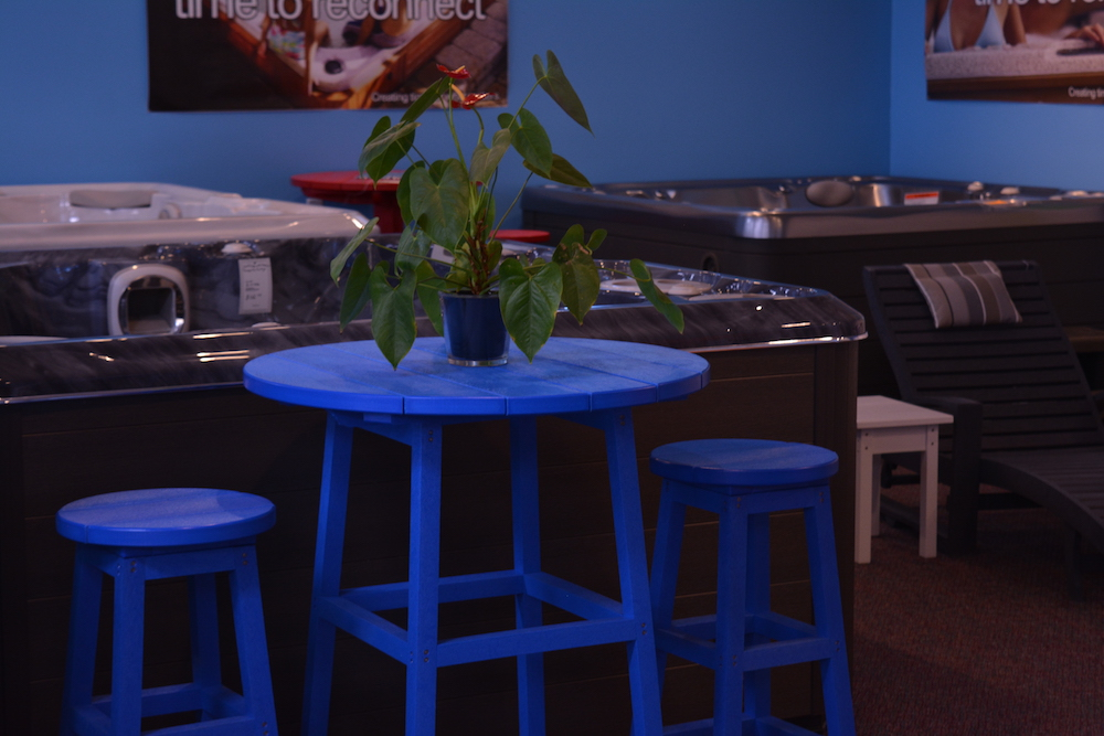 blue-table
